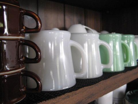 コーヒーの味やインテリアはもちろん、そこに流れている空気感が大切。それは積み重ね、堆積の結晶。