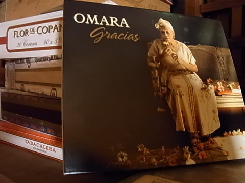 Thank you very much, OMARA. 日本のオマーラは誰だろうか?いや居ない。そして世界でもこうゆう人ってどんどん居なくなっている。歌姫はもうすぐ80歳になるという。