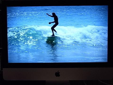 長い手足と細い体型は私も一緒だ。しかしジョン・ペックは自然体で波に乗って行く。無我の境地に遊ぶように。