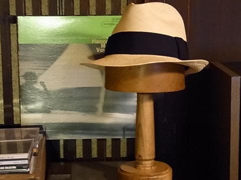 7月18日(月)、白浜海女祭りの日に「白浜アパートメント」で開催されるイベントにciceroさんが出展するそうです。是非。
