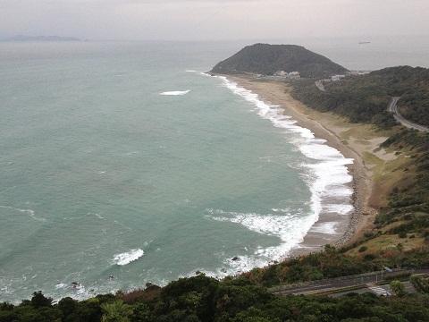 写真は翌日で曇っているが、到着した日は美しいサンセットを眺めながら露天風呂に入ることが出来た。