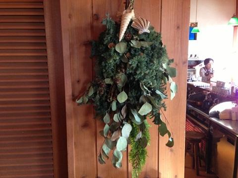 きよみちゃんの作ってくれるリースはサンドカフェのクリスマスイコンとなっている。