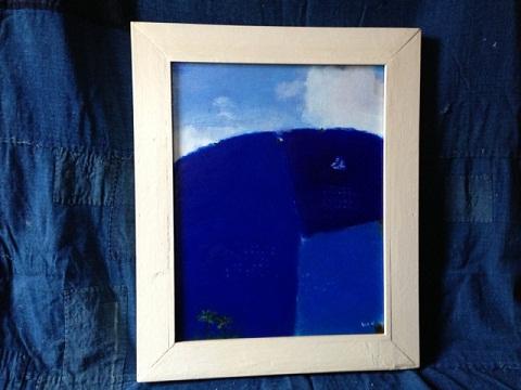 最近惹かれている古い藍染の古布や刺し子。そのジャパンブルーの布の上に「関野ブルー」を・・・やっぱりブルーフリークなのかな?