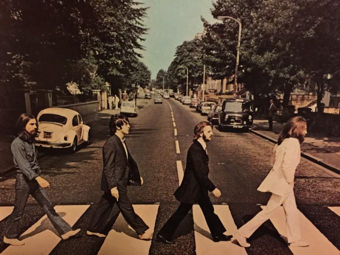 ジョージの歌う「something」はその突き抜け感で好きな曲。今回ポールが歌ったのはジョージへのオマージュだろう。B面の連続した曲もやりましたね。